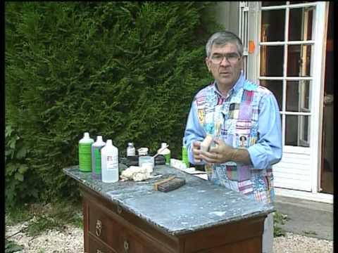 D graisser facilement un sol tach d 39 huile et de graiss doovi - Comment nettoyer du marbre tache ...