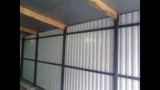 Гараж из профнастила. Своими руками. (Garage of corrugated)(Новый металлический гараж из оцинкованного профнастила. Соорудить гараж из профнастила можно своими рукам..., 2015-05-10T12:44:57.000Z)