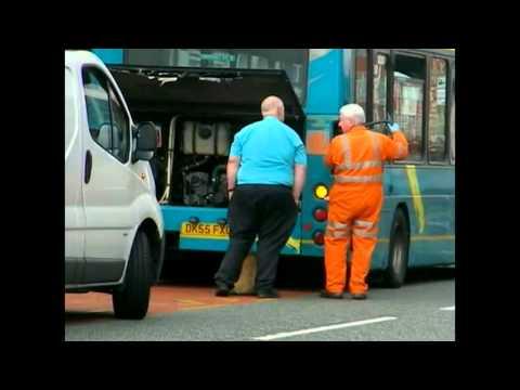 19 7 2012 a broken down arriva bus 2527 on liverpool road. Black Bedroom Furniture Sets. Home Design Ideas