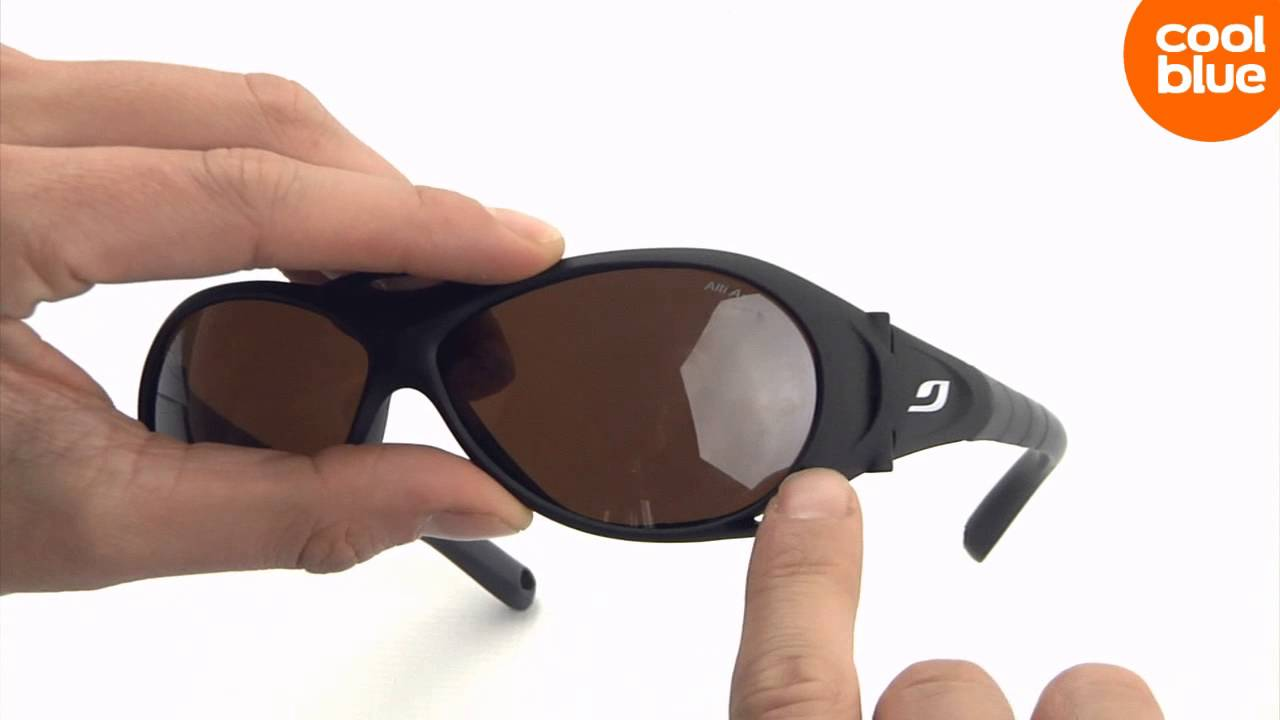 Julbo Explorer Mat Black Alti Arc 4 mini-videoreview en unboxing (NL ... 615cf3b89d67