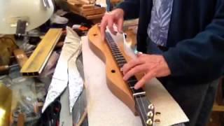 "Baixar ""Spiral arms"" by Aschmann & Kimmel on a Beede chromatic dulcimer"