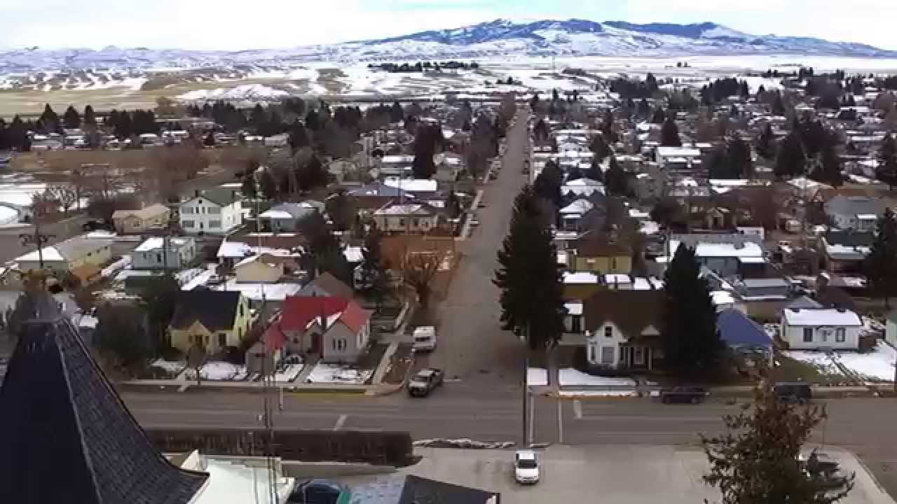 beaverhead county In beaverhead county, mt, an arrest warrant search can be done through the judiciary or the police department since both factions of the state's justice network participate in some sense, when it comes to the issue of active warrants.
