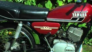 Yamaha RS 100  red