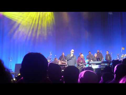 Stevie Wonder - DJ Tick Tick Boom Medley + Superstition - Philadelphia 11-16-2014