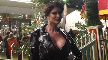 Micaela Schäfer: Roncalli Weihnachtszirkus 2019