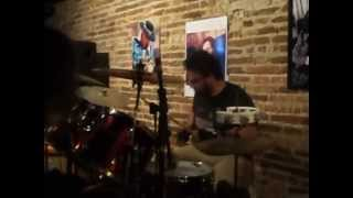Tarja Preta - Moby Dick (drum solo)