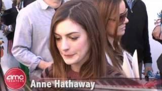 "Anne Hathaway And Carlos Saldanha Talk ""RIO"""