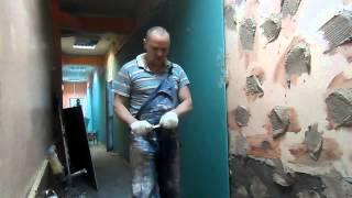 Как правильно приклеивать гипсокартон к стенам