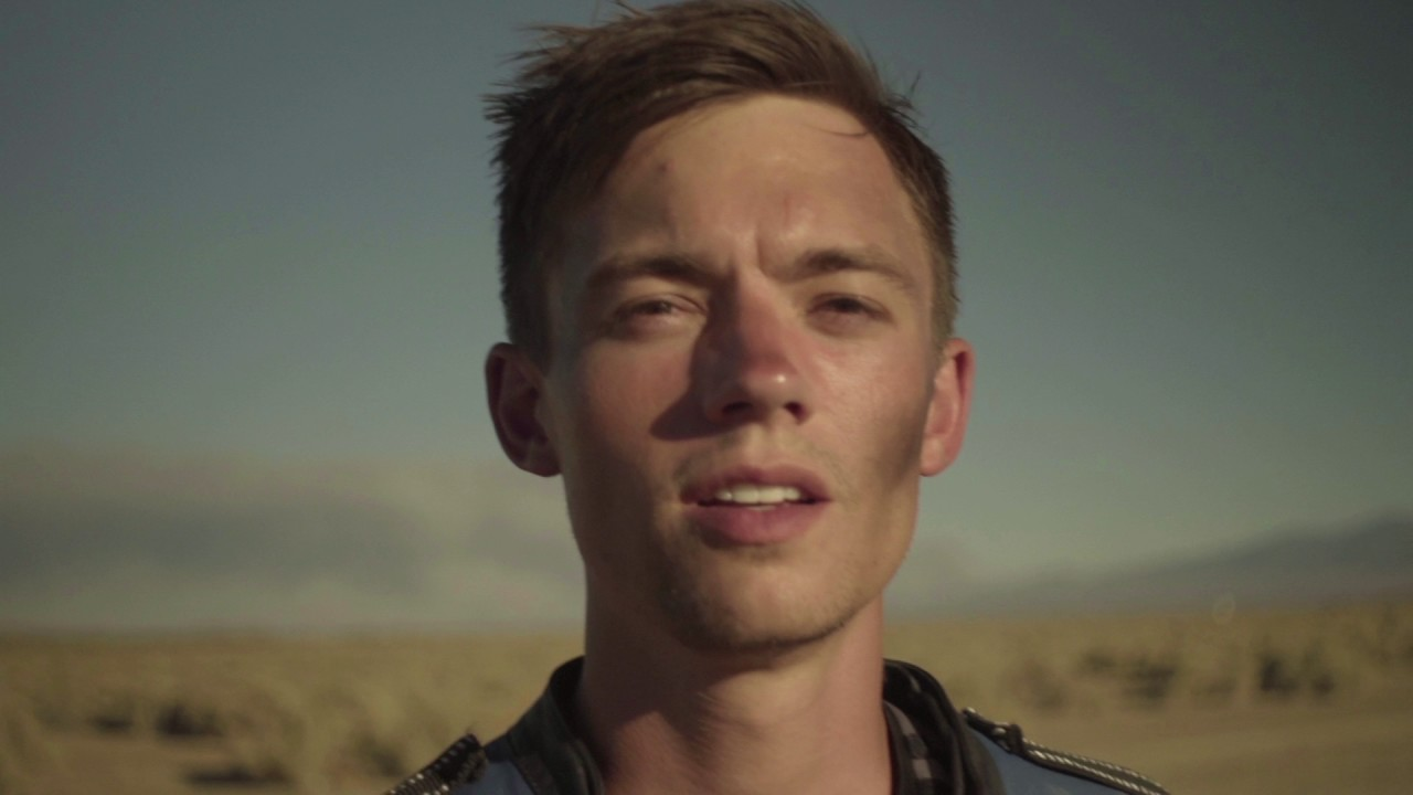 Pull Me In (Official Music Video) - Jameson Tabor