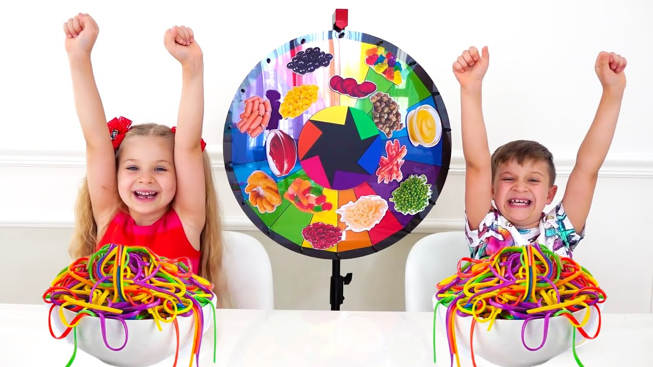 Diana and Roma Mystery Wheel of Spaghetti Challenge / learn how to have fun