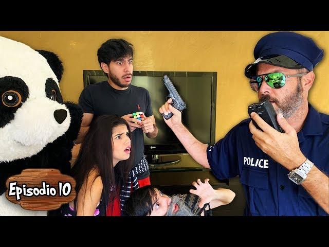 HAY UN CRIMINAL ENTRE NOSOTROS Y VIENE LA POLICÍA - Yolo Aventuras (Ep.10)