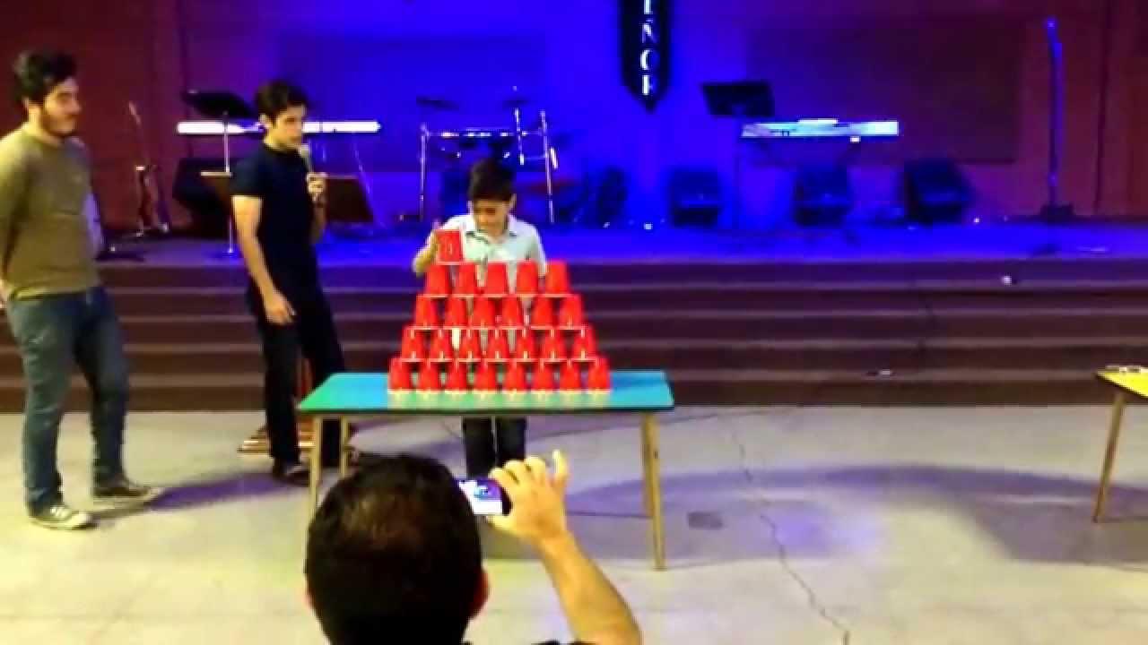 Juego Torre De Vasos Un Minuto Para Ganar C R La Vina Youtube
