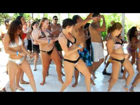 Orlando Salsa Congress Pool Party 2012 - Song by V.I.C. - Wobble Baby 2012