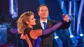 Richard Arnold & Erin Boag Foxtrot to