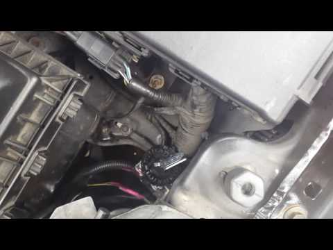 How to replace the hid light bulb on a lincoln mkz zephyr