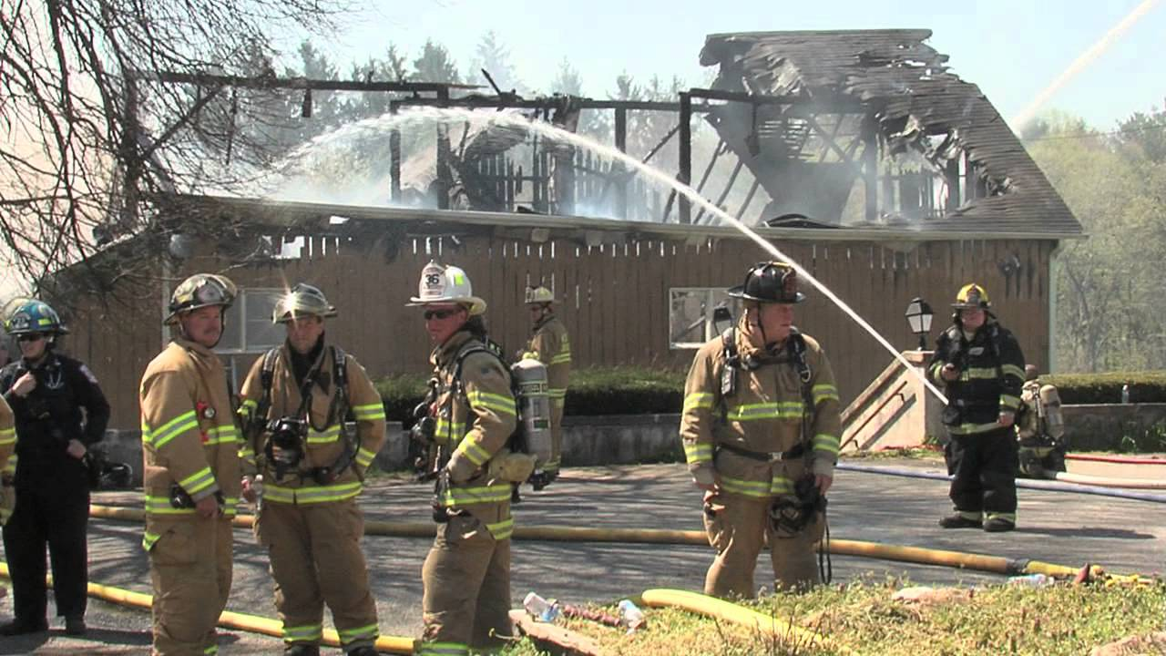Barn Apartments Fire, Avondale, PA - 720p 60fps - YouTube