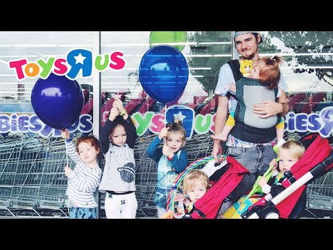 Shopping Spree at Toys R Us with Six Kids!