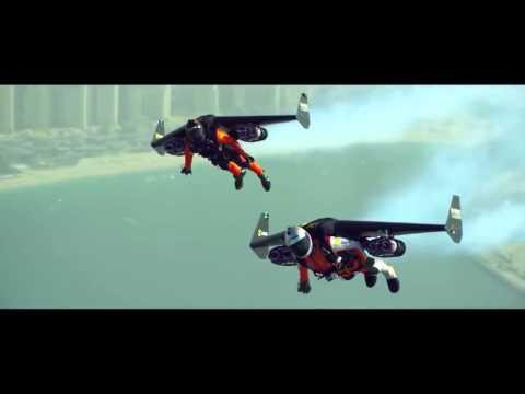Yves Rossy & Vince Reffet  volando en el cielo de Dubai