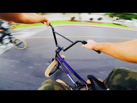 MY NEW BIKE IS AMAZING! (BMX IN THE HOOD)