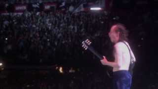 Скачать ACDC Hells Bells Live At River Plate 2011