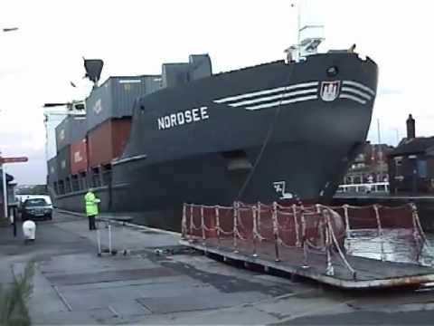 Latchford Locks (MSC)  MV Nordsee 2006
