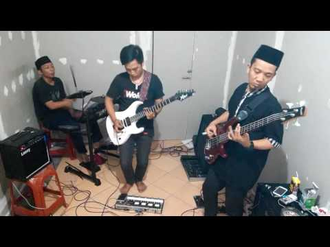 Andra and the back bone - surrender (cover) by Khu