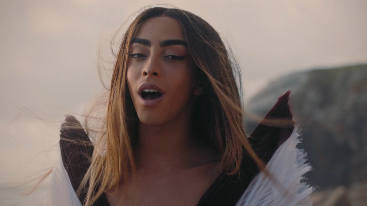 Bilal Hassani - Tom (Official Music Video)