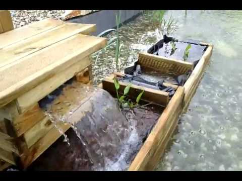 Fontaine filtrante en youtube for Fabriquer table jardin bois