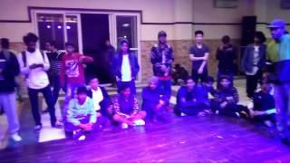Sweat it out delhi vol2]  semi final battle ] bboy kamal [goodwin crew] vs bboy rawdr [ tandav crew]