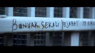 IKSAN SKUTER - PARTAI ANJING (VIDEO KLIP)