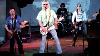 Приключения Электроников - Трава у дома - Live at ТК Горбушкин двор, Moscow - 2007