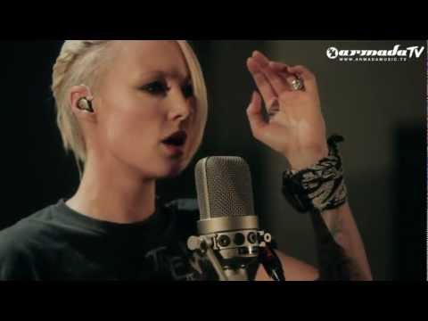 Emma Hewitt - Starting Fires (Live Acoustic Session Part 1) (From: Starting Fires EP)