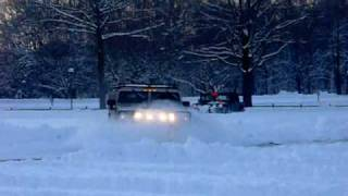 hummer h1 30 inches of snow