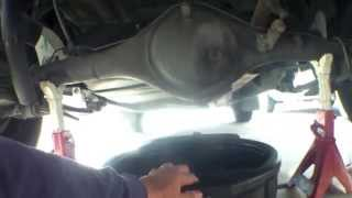How to change rear differential fluid Toyota Tacoma