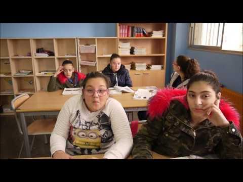 Corto Lágrimas de papel contra el bullying