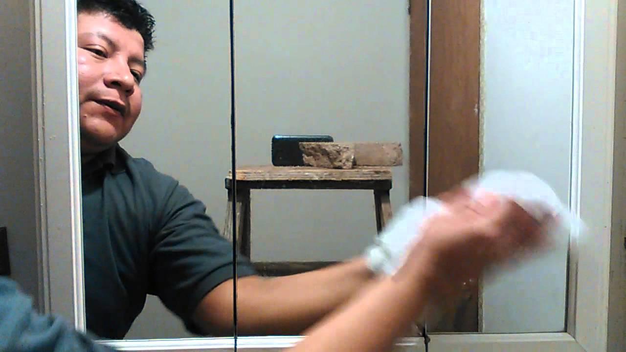 como limpiar un espejo con agua youtube