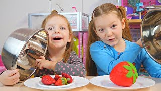 SQUISHY FOOD vs MANCARE ADEVARATA Challenge/ REAL FOOD vs Squishy Toys