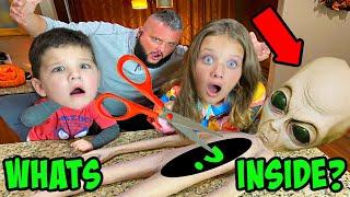 WHATS INSIDE the ALIEN MOM? CUTTING OPEN an Alien  w/ Aubrey & Caleb!