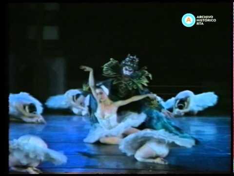 Ballet navideño de Maximiliano Guerra en el Teatro Colón, 1989 (fragmento)