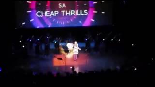 Grupo de violines Crescendo Cheap Thrills #rockvspop Invierno 2016 thumbnail