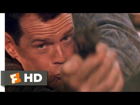 Die Hard 2 (1/5) Movie CLIP - Skywalk Shootout (1990) HD