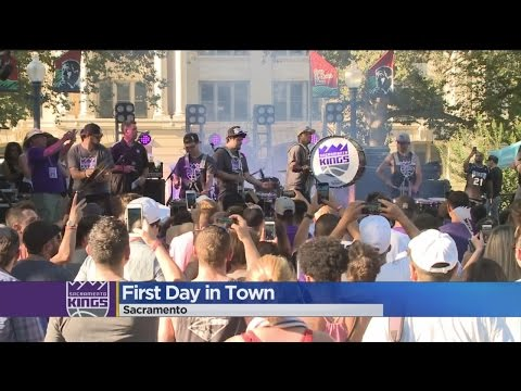 Newest Sacramento Kings Players Introduced In Downtown