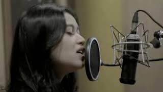 Dilamarmu (melamarmu) - Badai romatic project Live cover Della Firdatia (Lirik versi cewek) Resimi