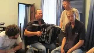 Ukrainian Hospitality, Konsonas Resto style