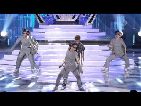 Justin Bieber - Boyfriend/ As long As You Love Me ft Big Sean (Teen Choice awards 2012)