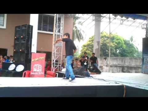 Offbeat Pailan at NSHM Dance Competition