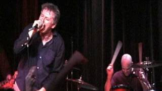 """Guided By Voices - """"Gonna Never Have To Die"""" / """"Tropical Robots"""""""