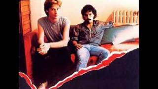 Watch Hall  Oates The Last Time video