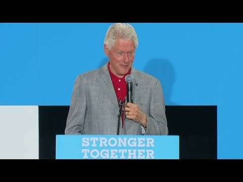 Bill Clinton flubs Hillary diagnosis at campaign event