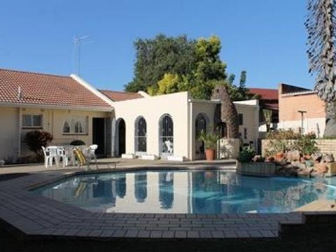 3 Bedroom House For Sale in Dorchester Heights, East London, South Africa for ZAR 1,450,000...
